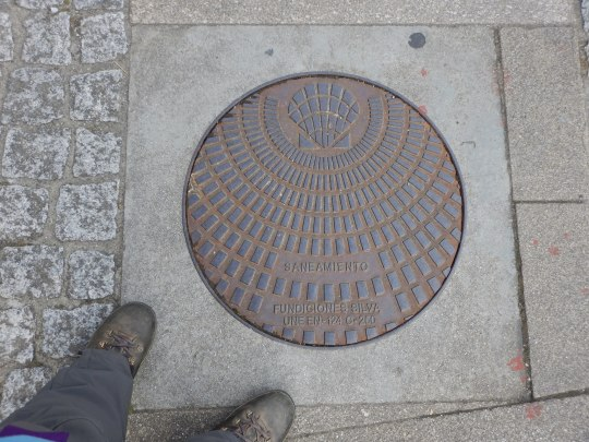 Another Camino sewer cover.